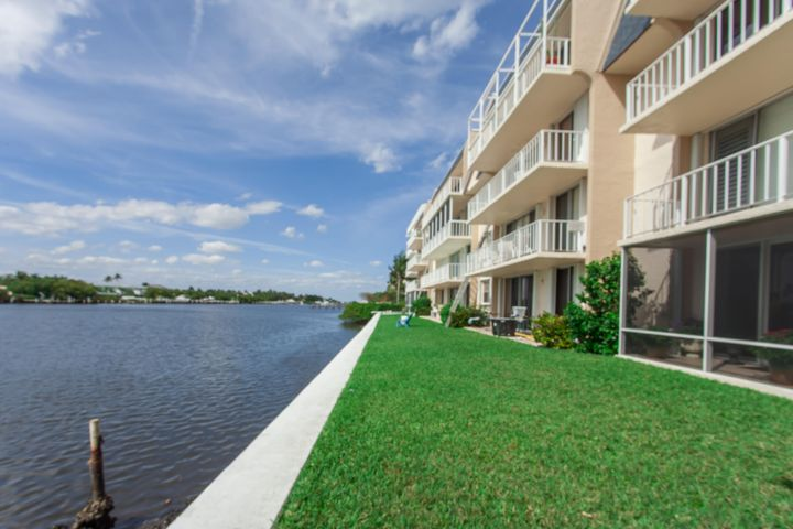 3575 S Ocean Boulevard, 109, South Palm Beach, FL 33480