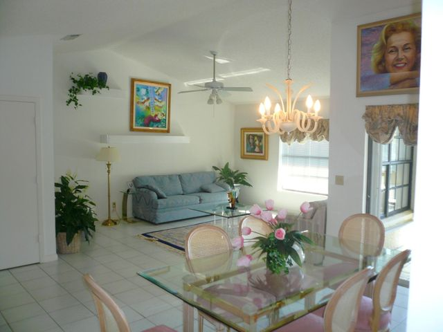 3219 Jog Park Drive, Greenacres, FL 33467