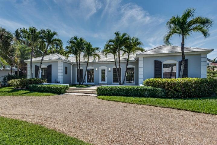 996 Pelican Lane, Gulf Stream, FL 33483
