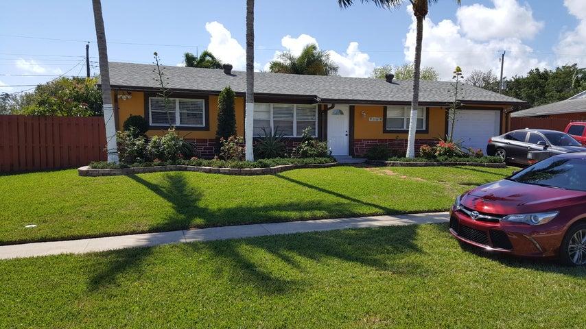 3308 Grove Road, Palm Beach Gardens, FL 33410