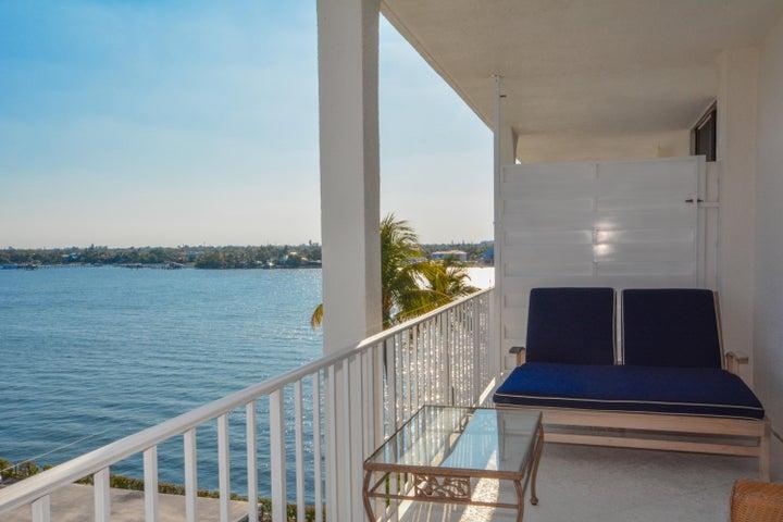 2150 Ibis Isle Road, Ph 4, Palm Beach, FL 33480