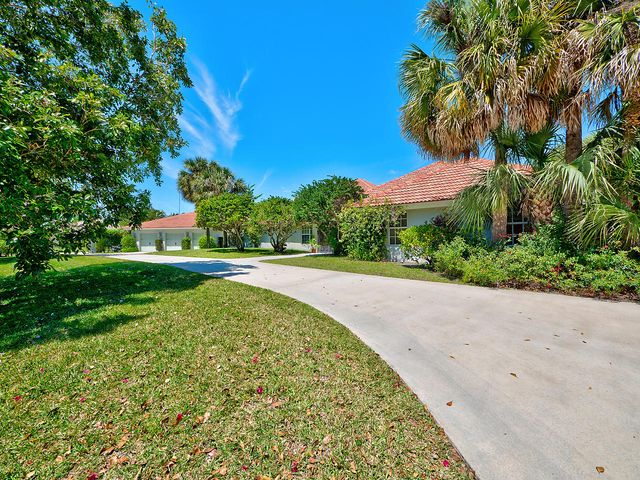 9085 Perth Road, Lake Worth, FL 33467
