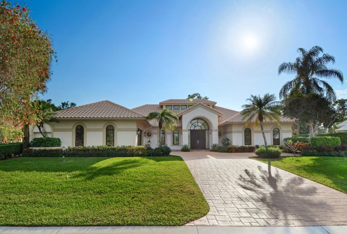 1567 Breakers West Boulevard, West Palm Beach, FL 33411