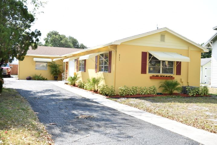 221 S Federal Highway, Lake Worth, FL 33460