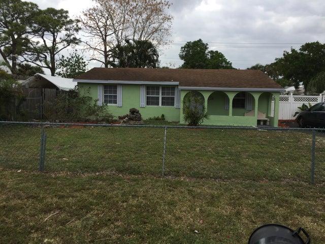 2331 Pineway Drive, West Palm Beach, FL 33415
