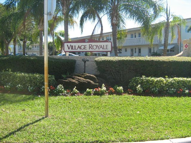 2192 NE 1st Way, 204, Boynton Beach, FL 33435
