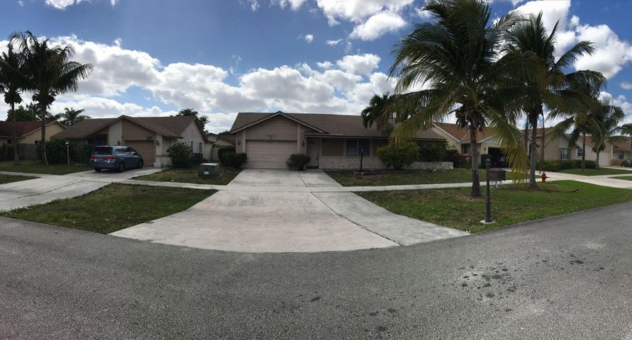 23111 SW 54th Avenue, Boca Raton, FL 33433