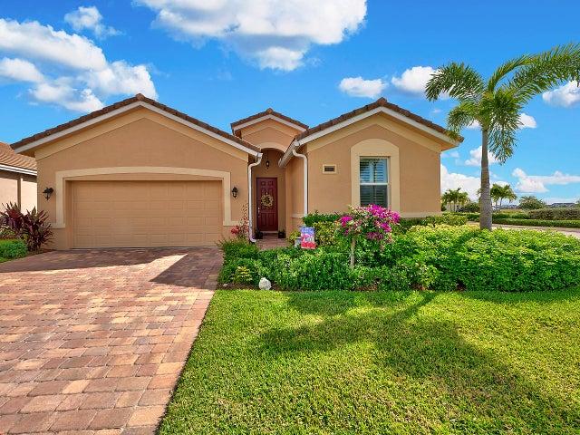 11699 SW Rowena Street, Port Saint Lucie, FL 34987