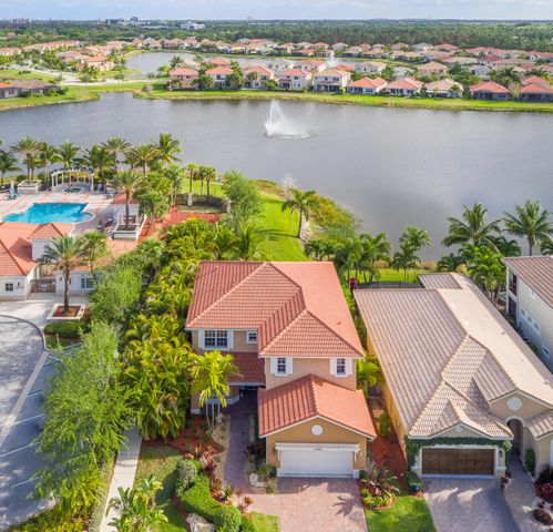 12496 Aviles Circle, Palm Beach Gardens, FL 33418