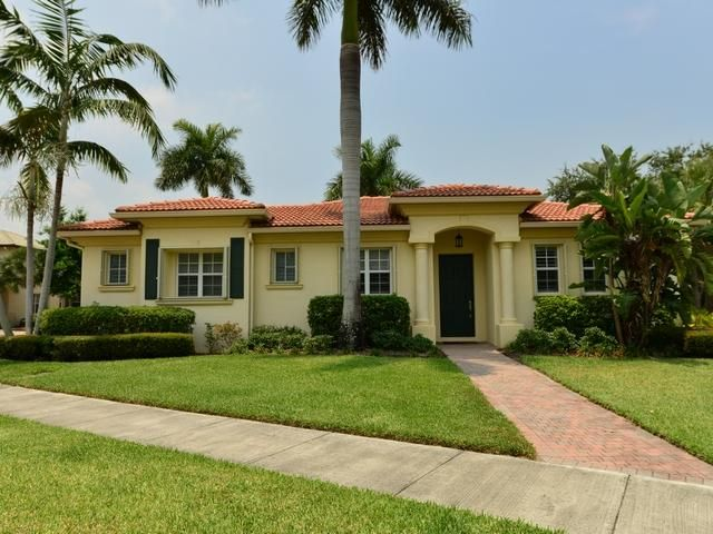 602 Moondancer Court, Palm Beach Gardens, FL 33410