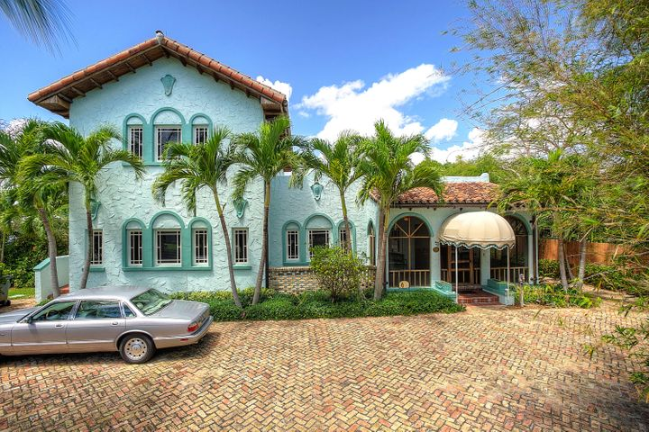226 N Swinton Avenue, Delray Beach, FL 33444