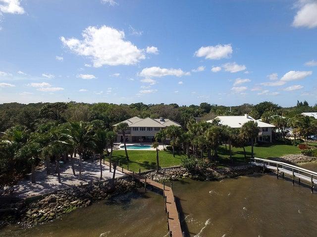 4 Perriwinkle Circle, Stuart, FL 34996