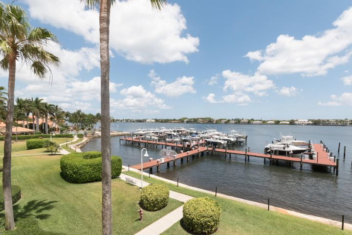 167 Yacht Club Way, 306, Hypoluxo, FL 33462