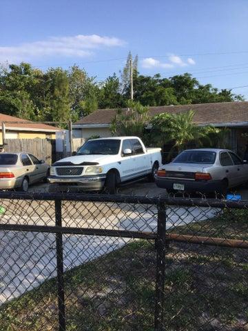 1687 W 16th Street, West Palm Beach, FL 33404