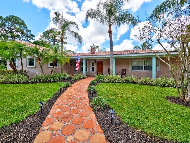 4628 Square Lake Drive, Palm Beach Gardens, FL 33418