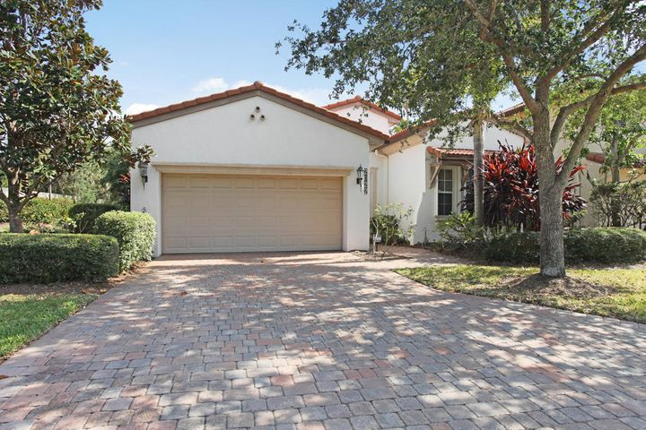 2022 Graden Drive, Palm Beach Gardens, FL 33410