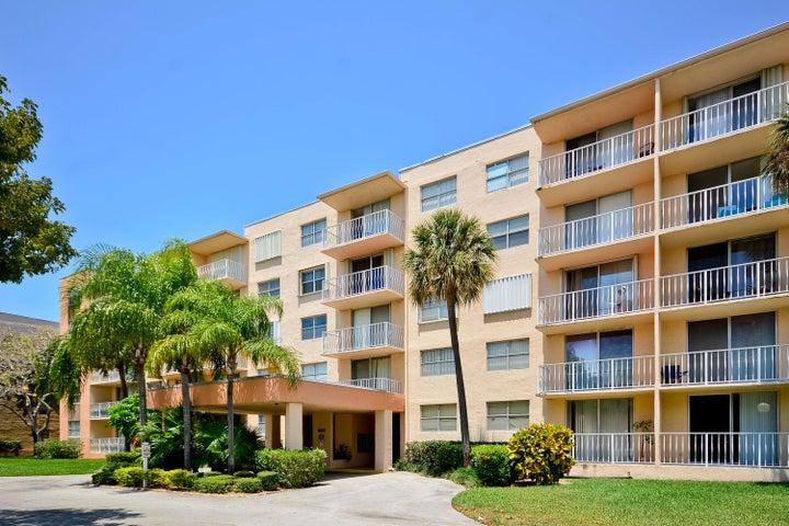 480 Executive Center Drive, 1-J, West Palm Beach, FL 33401