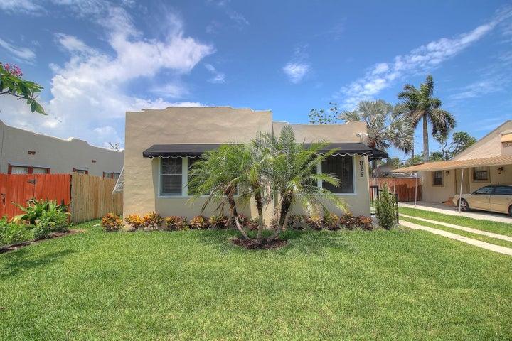 825 Mcintosh Street, West Palm Beach, FL 33405