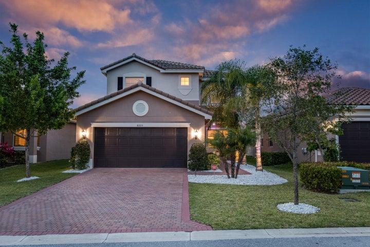 8203 Half Dome Court, Boynton Beach, FL 33473