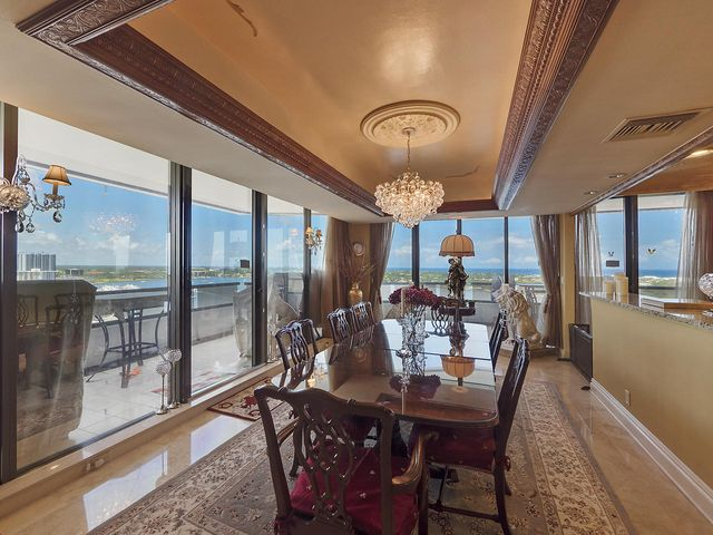 100 Lakeshore Drive, 1652, North Palm Beach, FL 33408