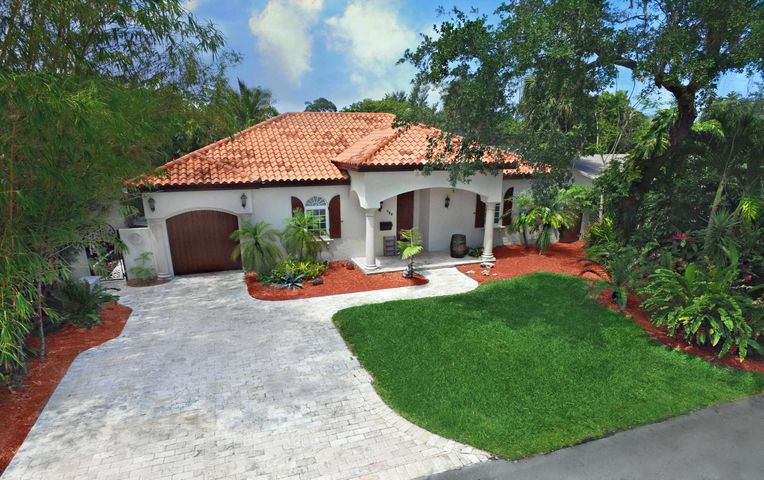 725 Periwinkle Street, Boca Raton, FL 33486