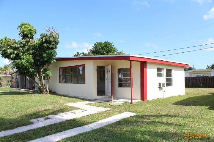 11788 Oleander Drive, Royal Palm Beach, FL 33411