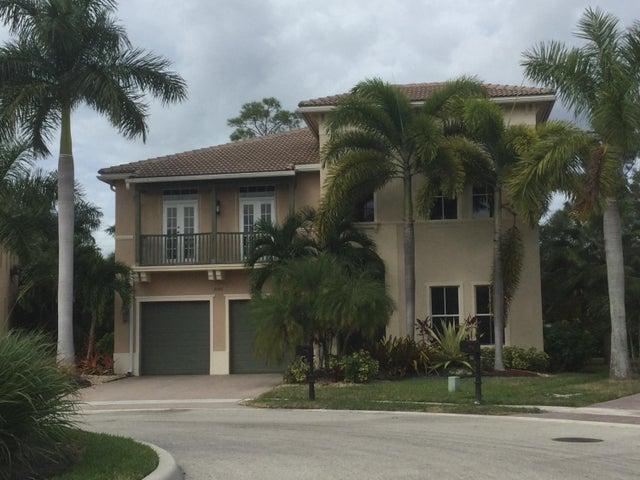 9352 Nugent Trail, West Palm Beach, FL 33411
