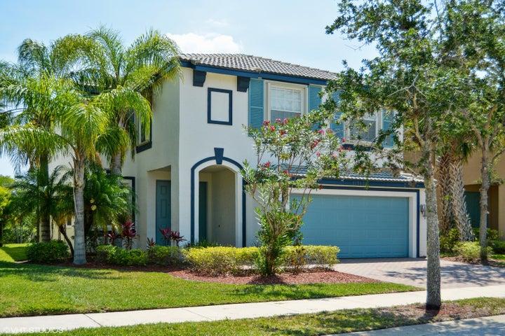 11712 SW Bennington Circle, Port Saint Lucie, FL 34987