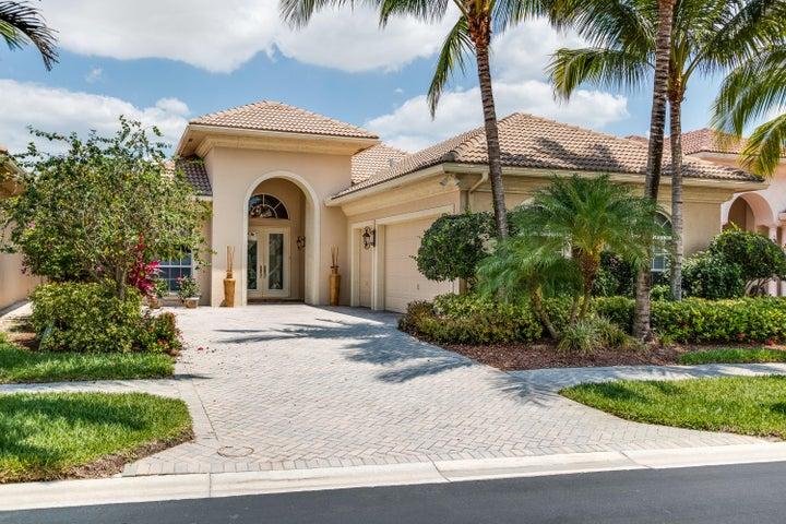 10145 Sand Cay Lane, West Palm Beach, FL 33412