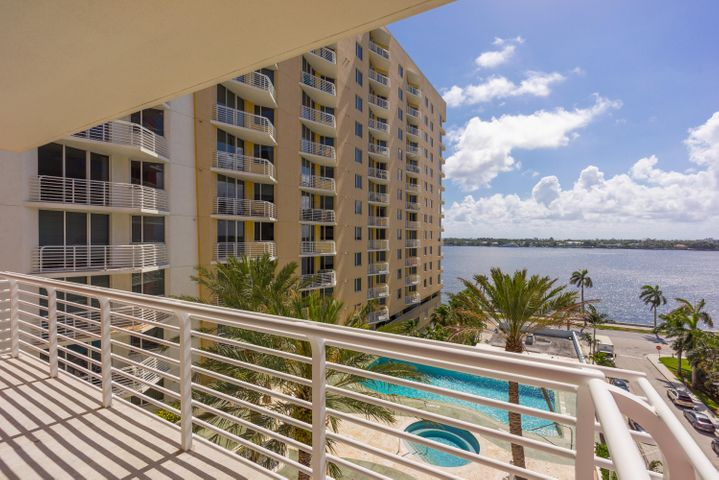 1551 N Flagler Drive, 811, West Palm Beach, FL 33401