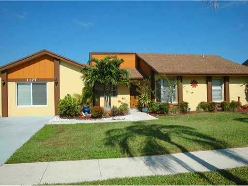 1127 NW 9th Street, Boynton Beach, FL 33426