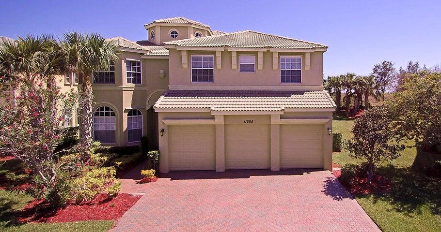11585 SW Fieldstone Way, Port Saint Lucie, FL 34987
