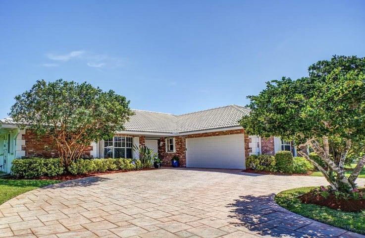 700 Holly Lane, Boca Raton, FL 33486