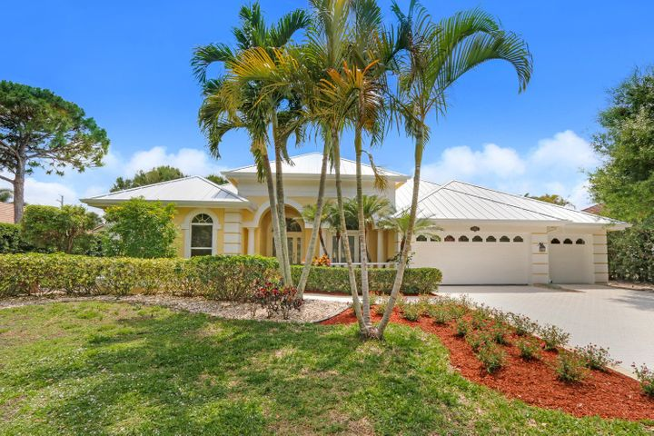 19066 SE Coral Reef Lane, Jupiter, FL 33458