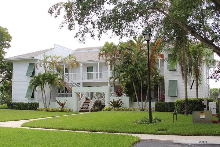 285 Cypress Point Drive, 285, Palm Beach Gardens, FL 33418