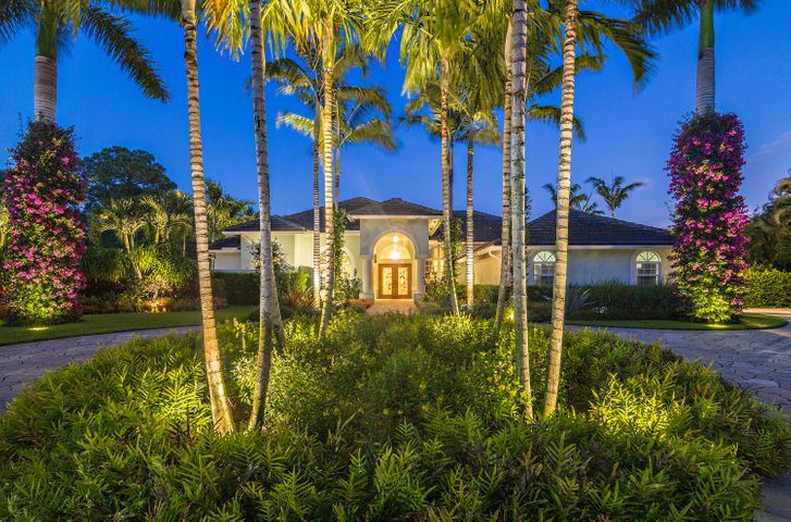 8268 Man O War Road, Palm Beach Gardens, FL 33418