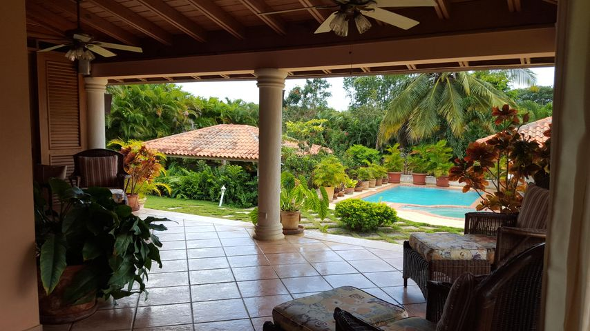 72 Dominican Republic - Casa De C, Out of Country, AL 00000