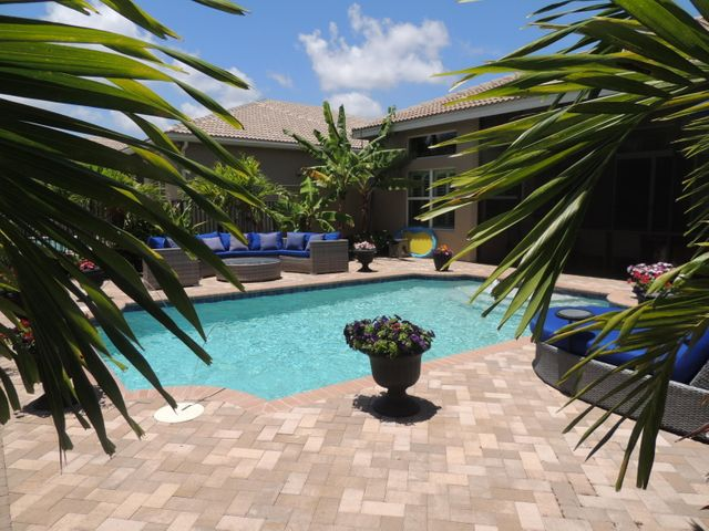 8390 CAMERON CAVE DR., 4/3 LYDIA MODEL- VALENCIA COVE. WELCOME TO PARADISE!
