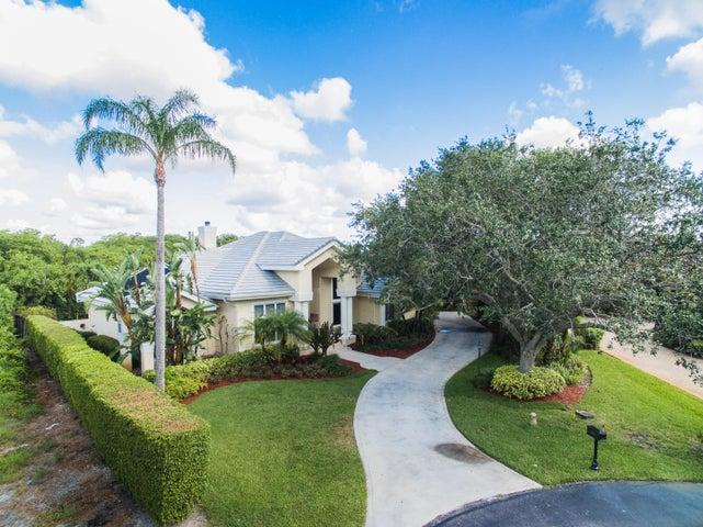 Estate waterfront Home in River Ridge, Tequesta Fla 33469
