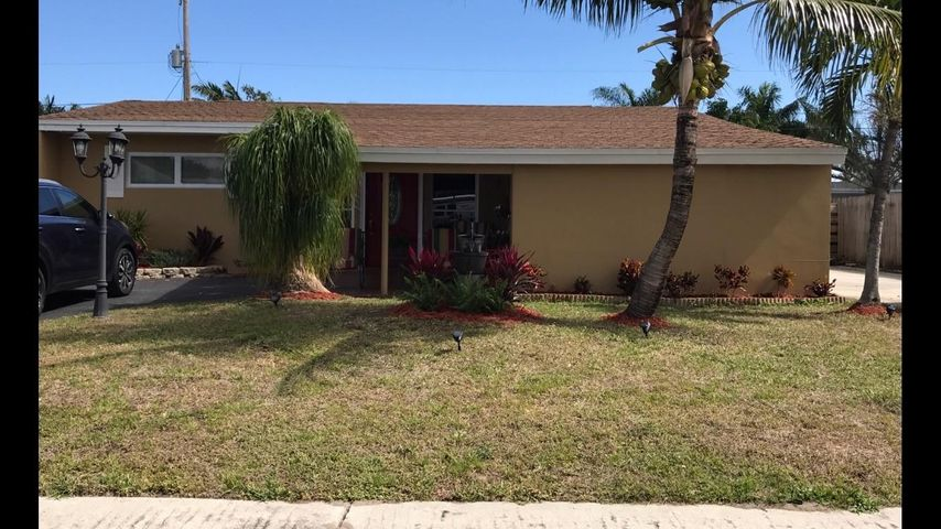 9394 Bloomfield Drive, Palm Beach Gardens, FL 33410