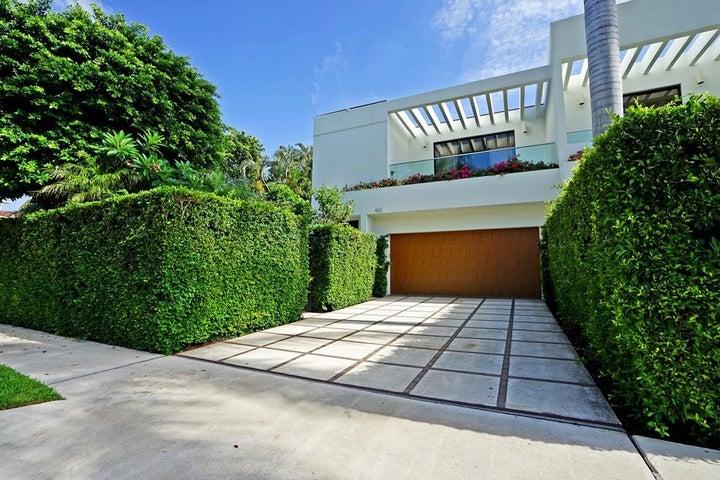 423 Chilean Avenue, Palm Beach, FL 33480