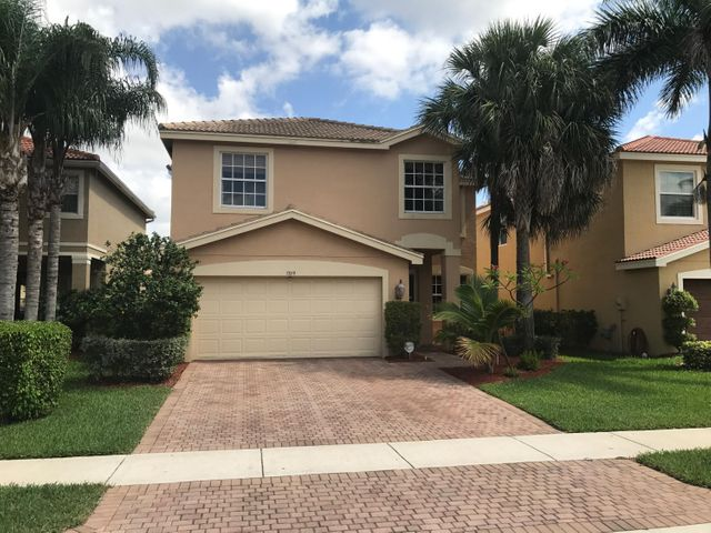7859 Jewelwood Drive, Boynton Beach, FL 33437