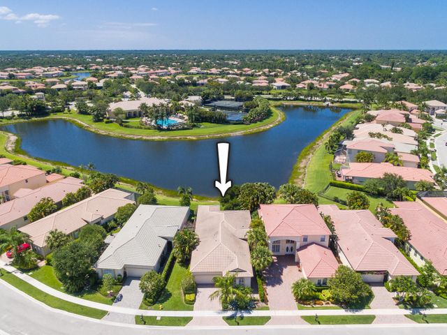 109 Casa Grande Court, Palm Beach Gardens, FL 33418