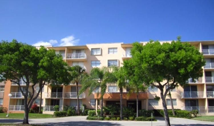 500 Executive Center Drive, 3-A, West Palm Beach, FL 33401