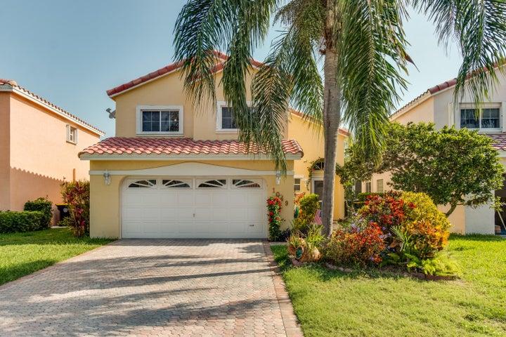 1049 SE 6th Avenue, Dania Beach, FL 33004