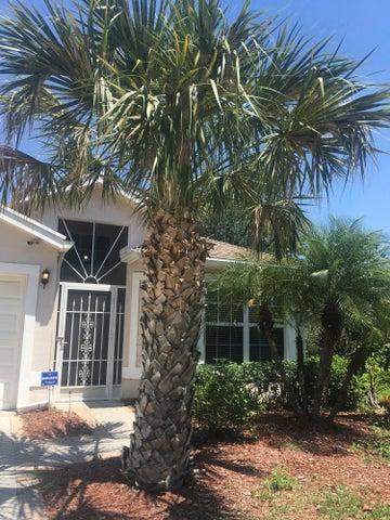 1770 Sawgrass Circle, West Palm Beach, FL 33413