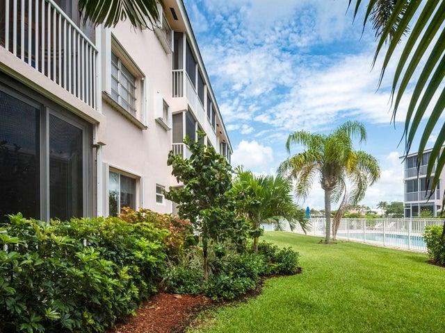 6530 N Ocean Boulevard, 116, Ocean Ridge, FL 33435