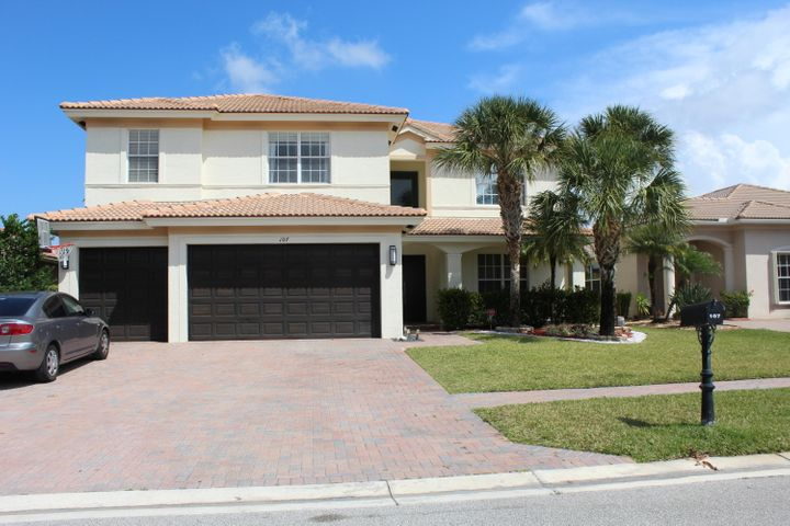 107 Isola Circle, Royal Palm Beach, FL 33411