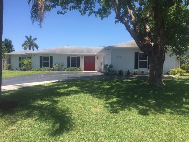 9717 Daffodil Circle S, Palm Beach Gardens, FL 33410