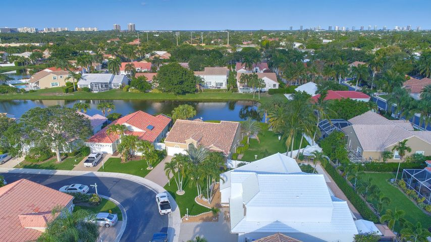 1046 Siena Oaks Circle E, Palm Beach Gardens, FL 33410